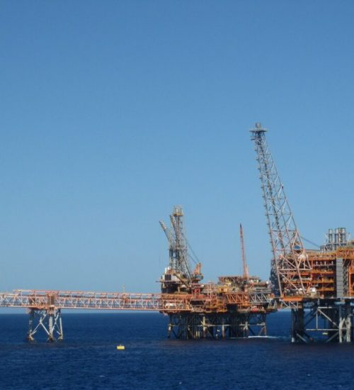 Get to know the largest oil drilling company in the world and in Indonesia